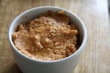 Quick and Easy Roasted Red Pepper Hummus